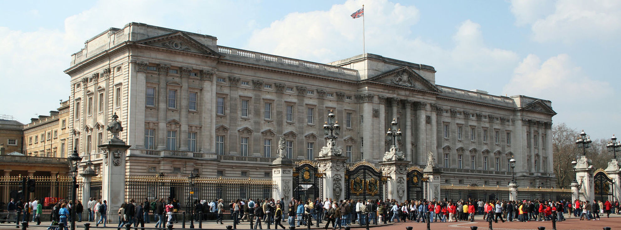 Explore Buckingham Palace