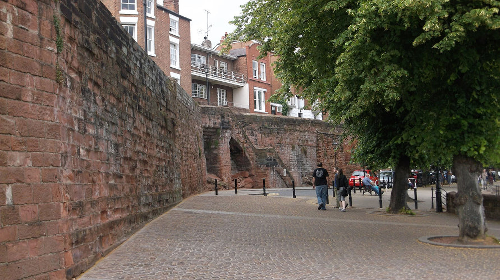 Explore Chester Walls