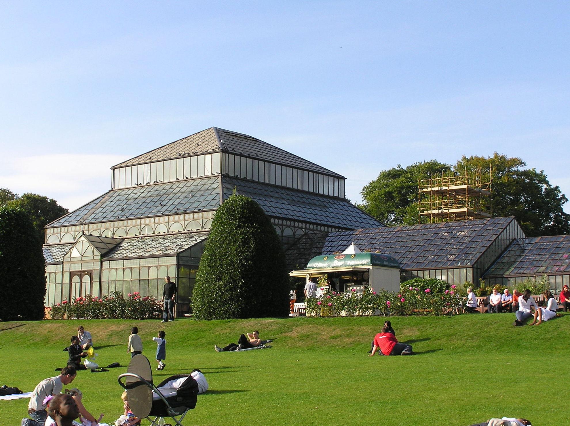 Explore Botanical Gardens