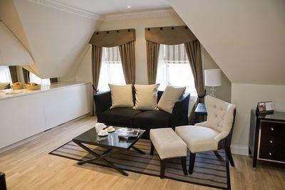 Fraser Suites Lounge