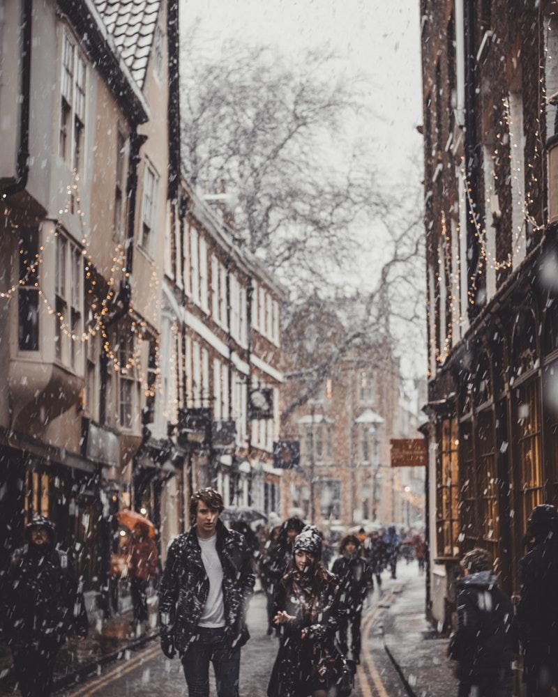Snowing in York