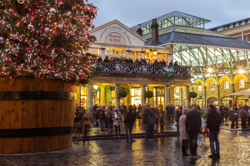 People surrounding the Christmas tree in covent garden