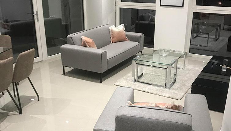Charles Hope Waterloo Apartments living room