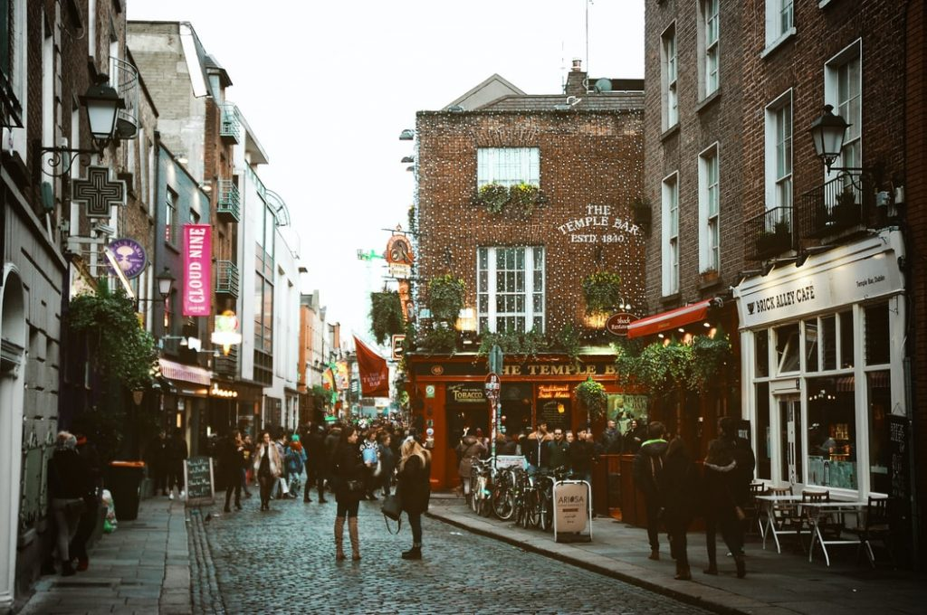 The perfect date night: The Temple Bar