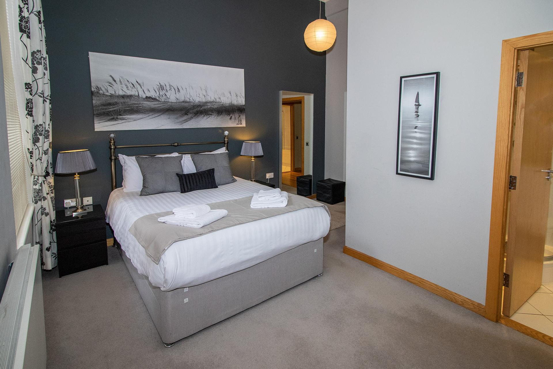 Modern bedroom at College Street Apartment - Citybase Apartments