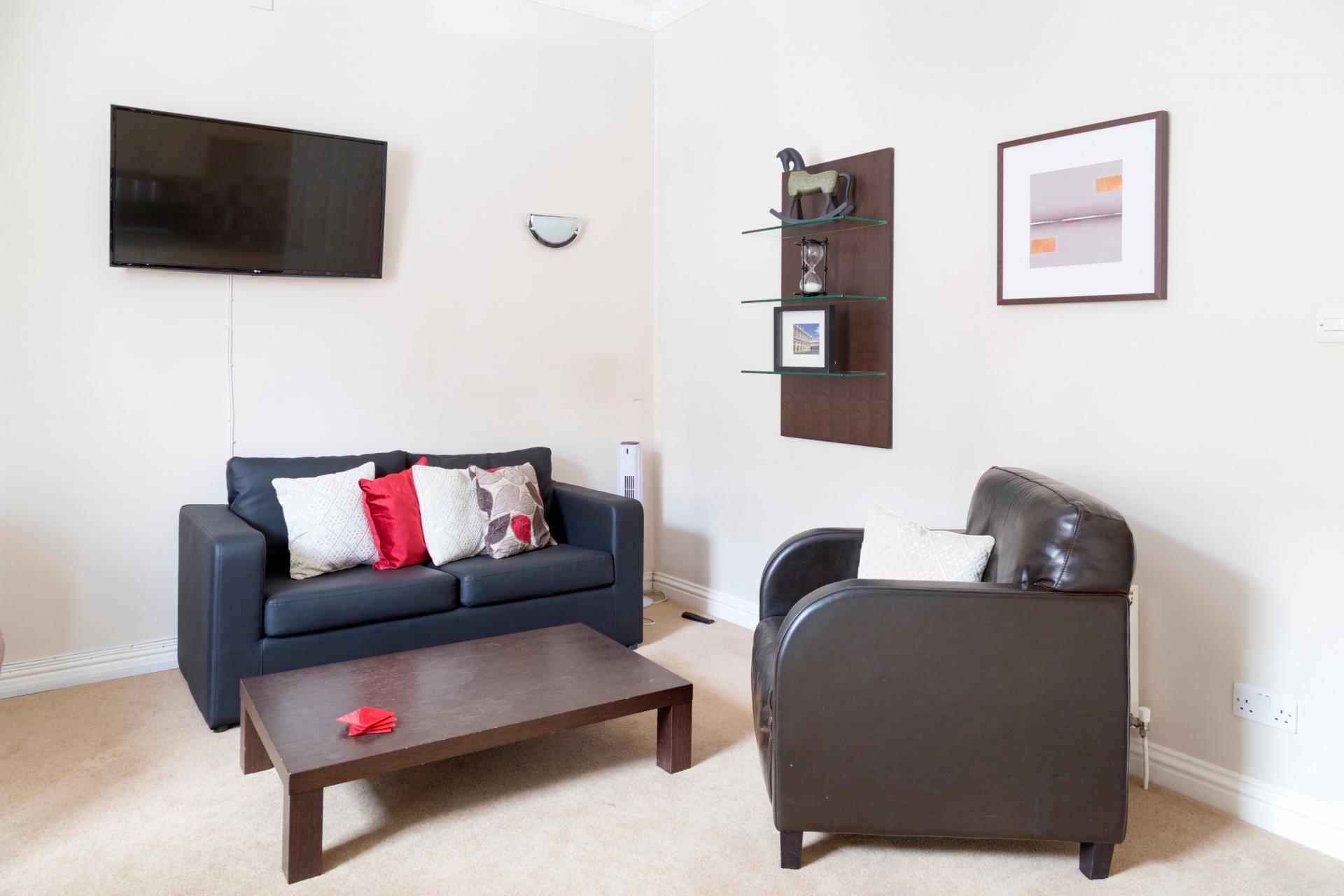 Sofa at Norwich Street Cambridge Apartments - Citybase Apartments