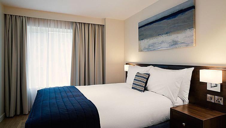 Bed at Waterloo Apartments - Citybase Apartments