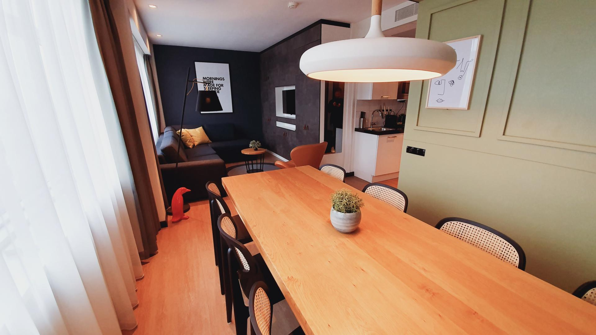 Dining at Cityden Up Apartments, Amsterdam - Citybase Apartments