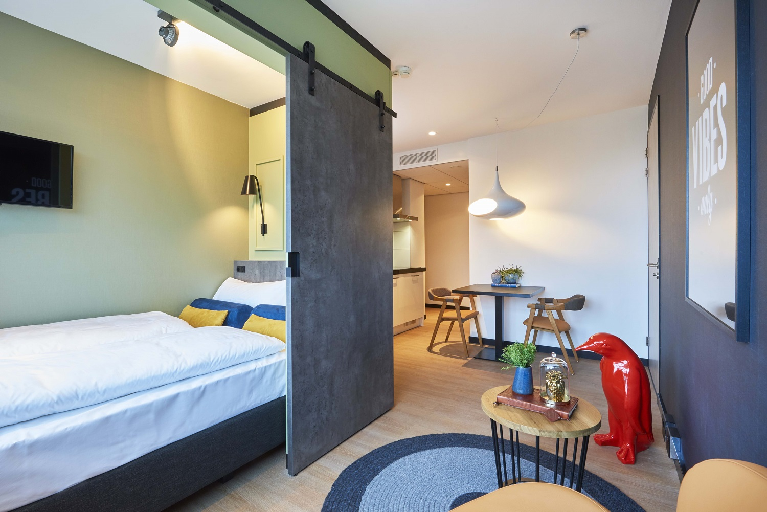Double bed at Cityden Up Apartments, Amsterdam - Citybase Apartments
