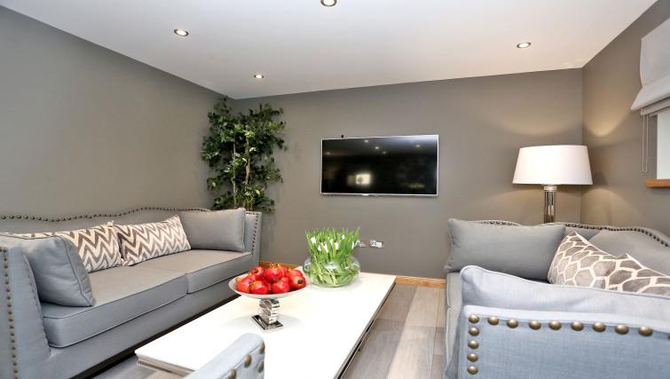 Gorgeous living area at West Cults Apartments - Citybase Apartments