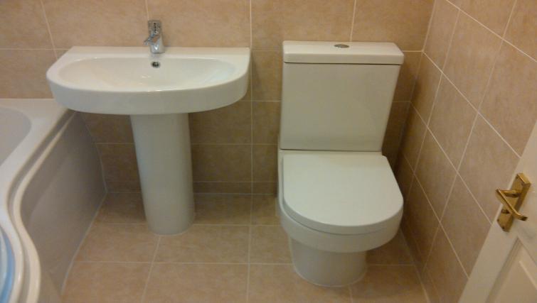 Bathroom at Latium Close Apartment - Citybase Apartments