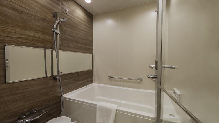 Bathroom at Oakwood Apartments Azabudai - Citybase Apartments