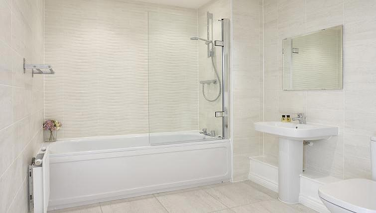 Bathroom at Campbell Park Residence - Citybase Apartments