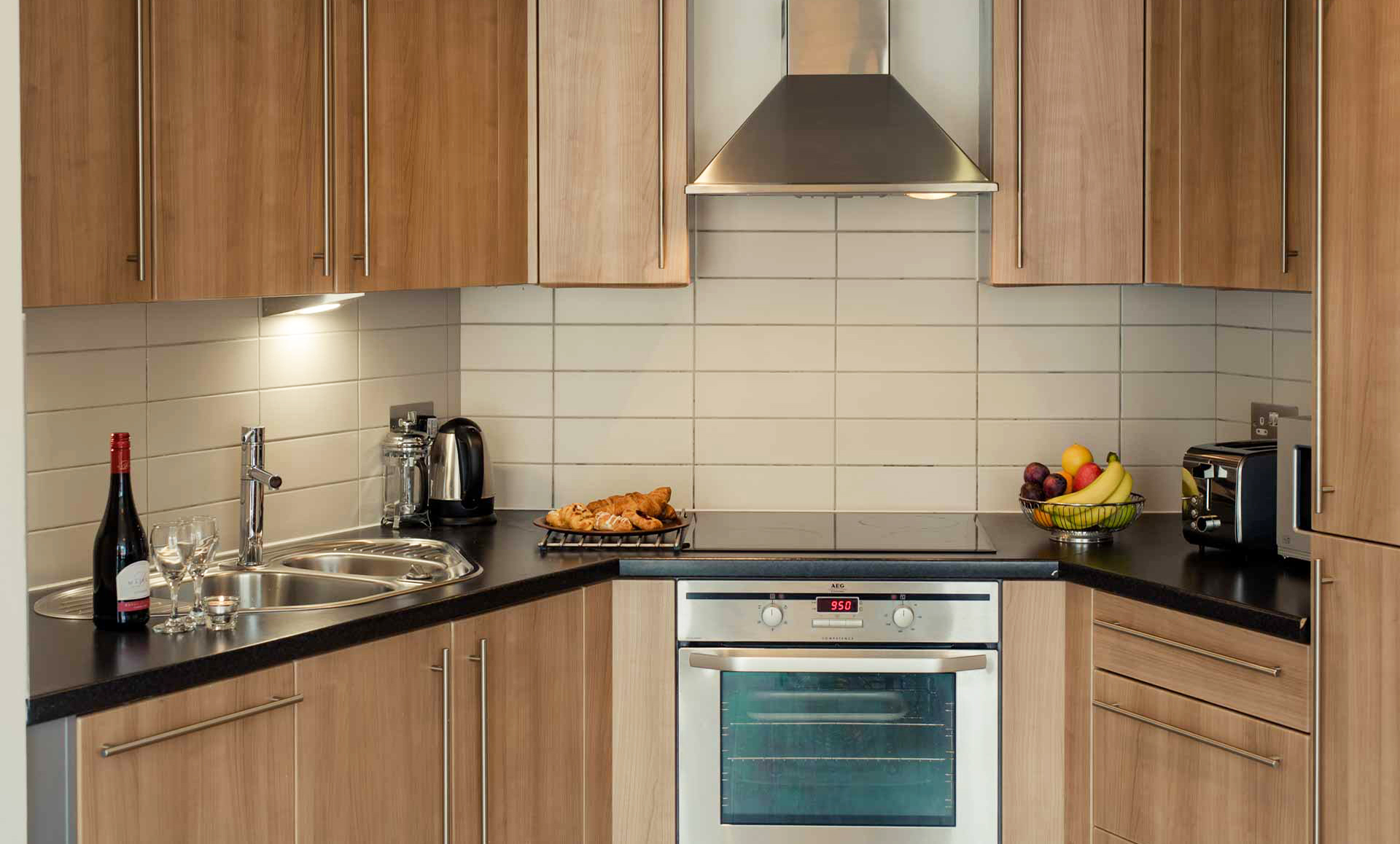 Oven at Premier Suites Liverpool - Citybase Apartments