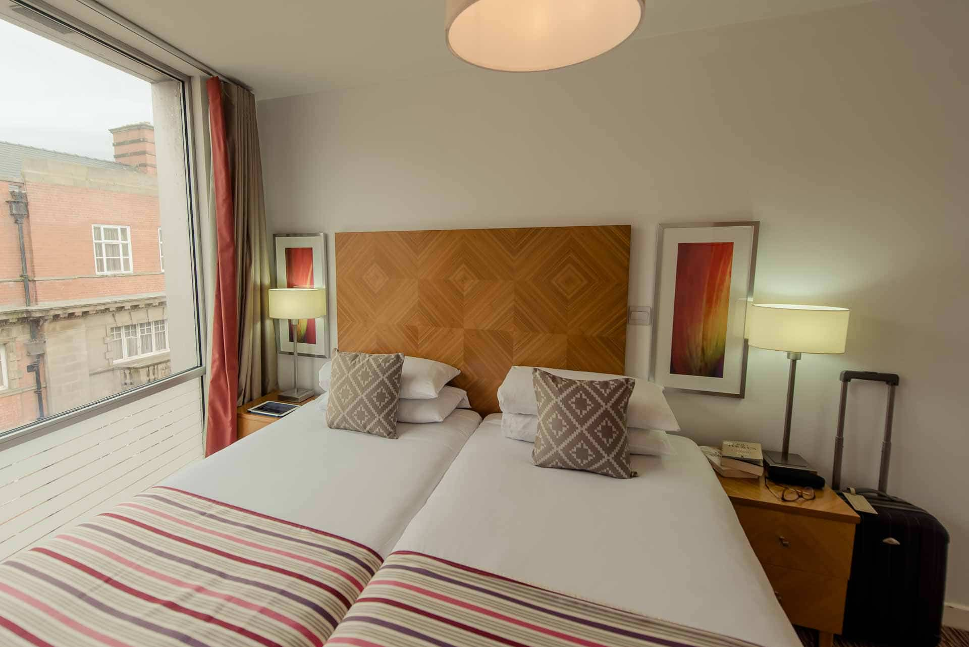 Twin bedroom at Premier Suites Liverpool, Centre, Liverpool - Citybase Apartments