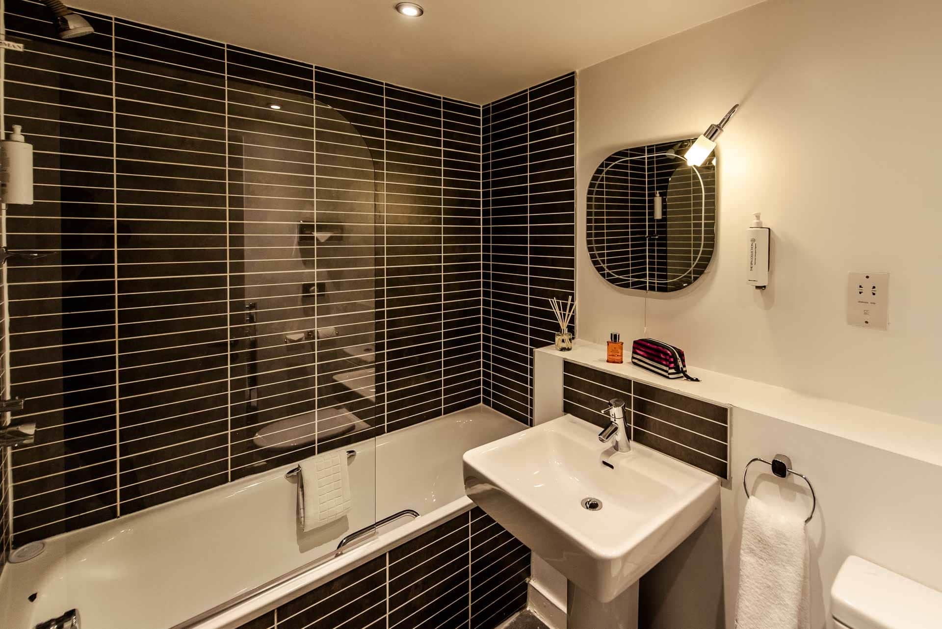 Bathroom at Premier Suites Liverpool, Centre, Liverpool - Citybase Apartments
