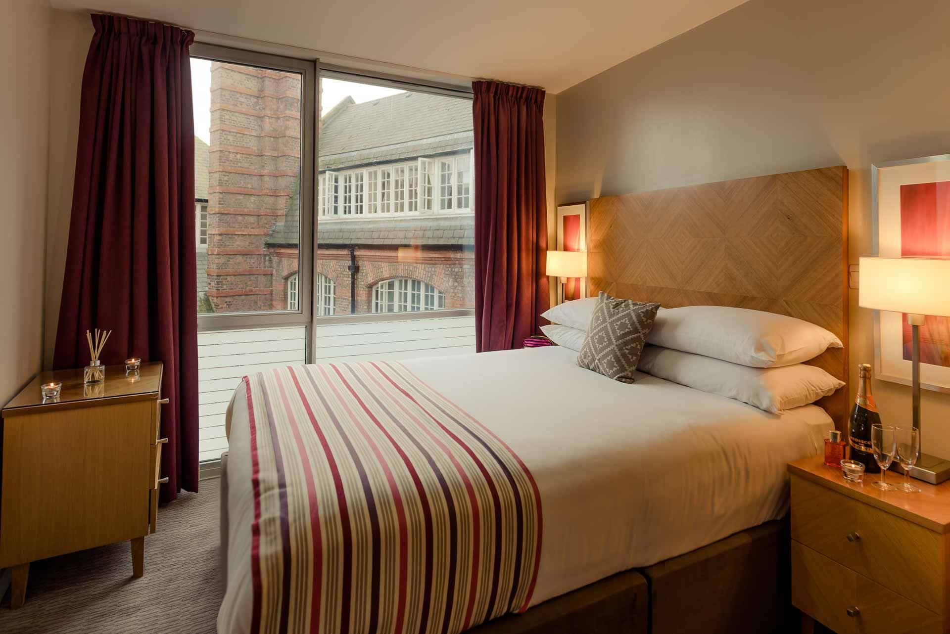 Double bedroom at Premier Suites Liverpool, Centre, Liverpool - Citybase Apartments