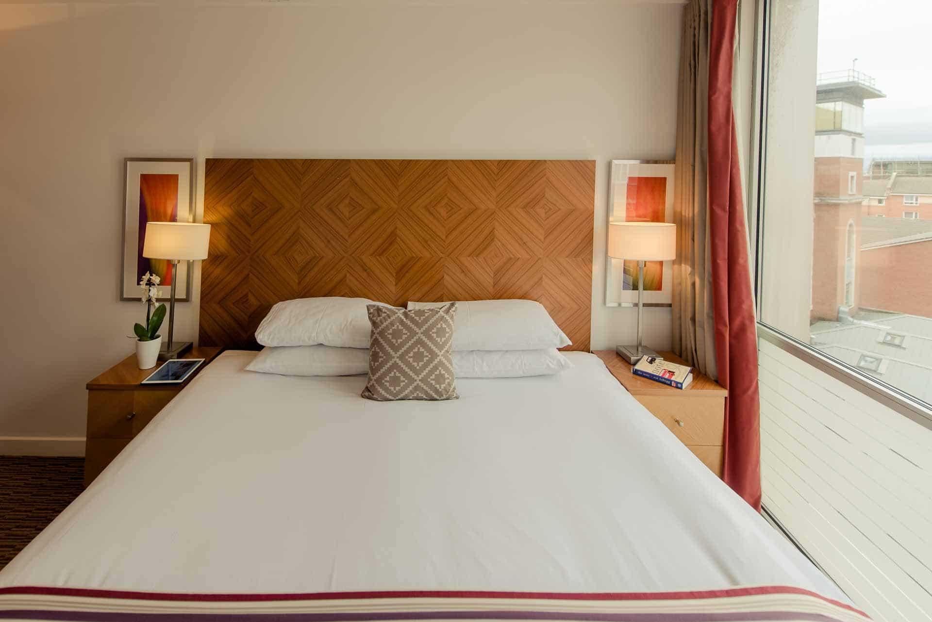 Double bed at Premier Suites Liverpool, Centre, Liverpool - Citybase Apartments