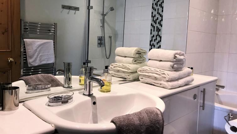 Bathroom at Crown Circus Apartment - Citybase Apartments