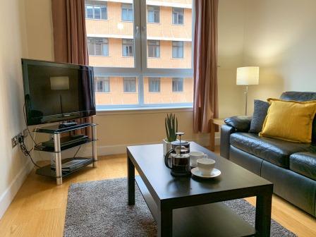 Bright lounge at Principal Ingram Apartment - Citybase Apartments