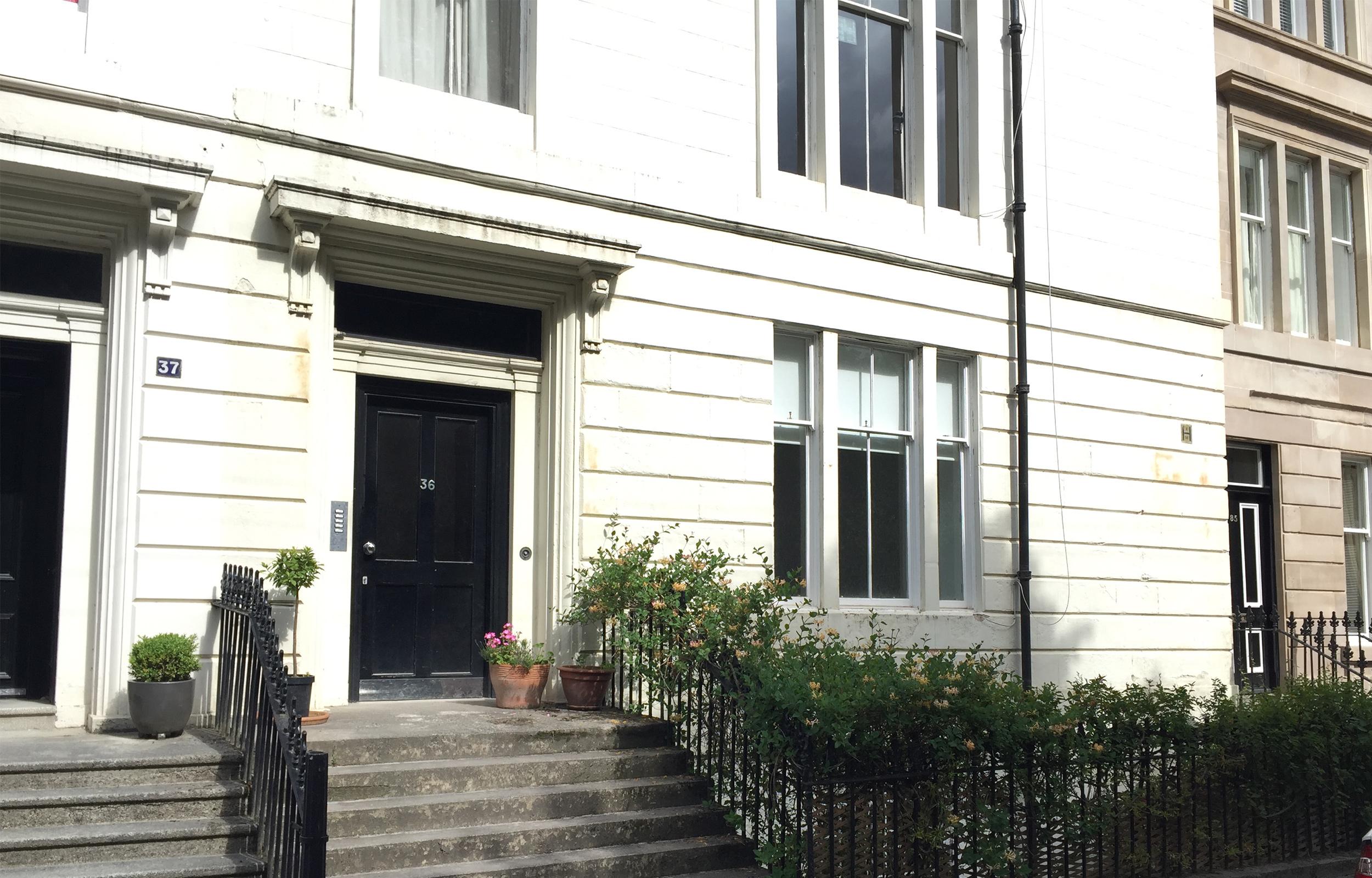 Front of Lansdowne Garden Apartment - Citybase Apartments