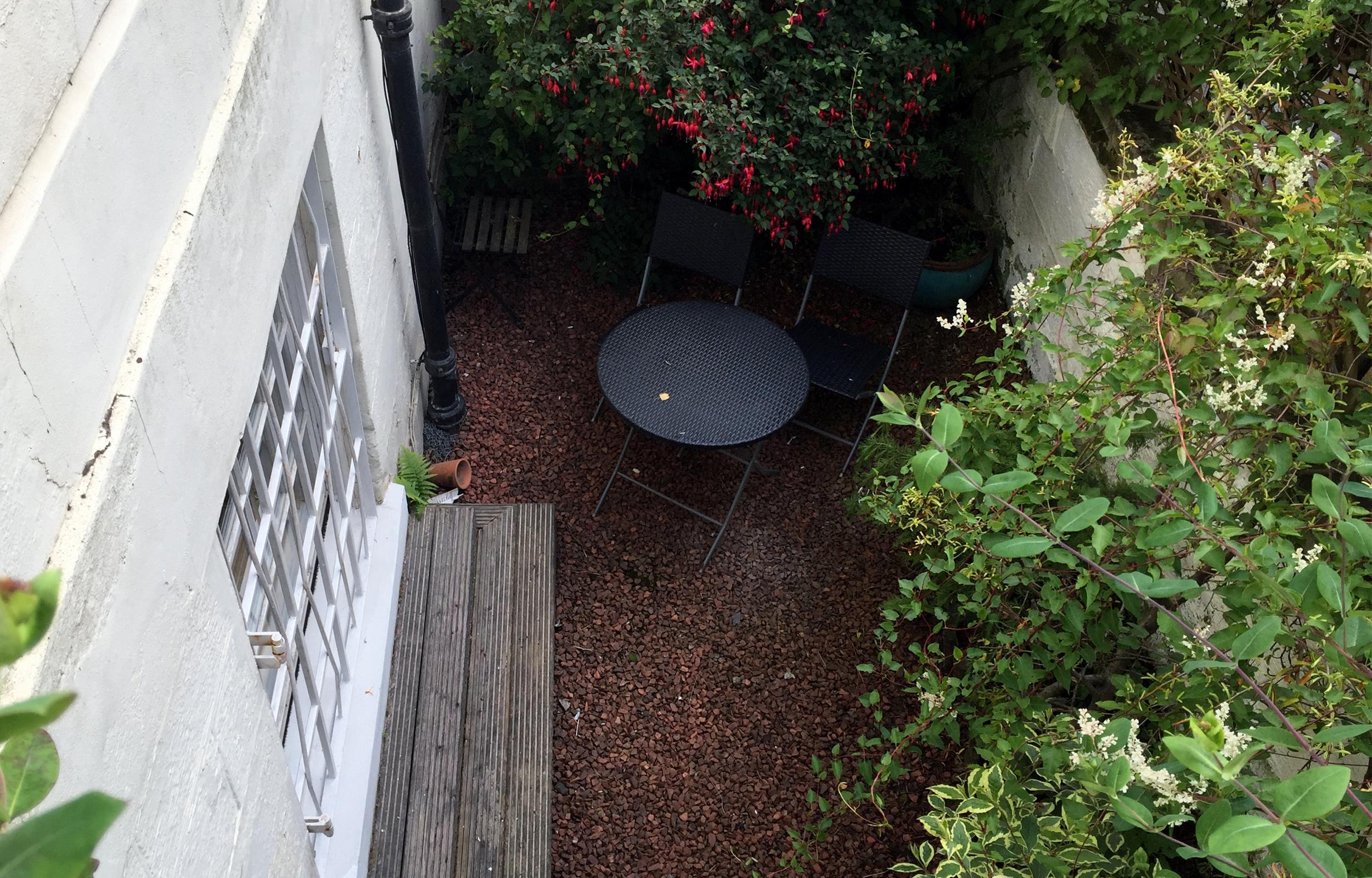 Garden at Lansdowne Garden Apartment - Citybase Apartments