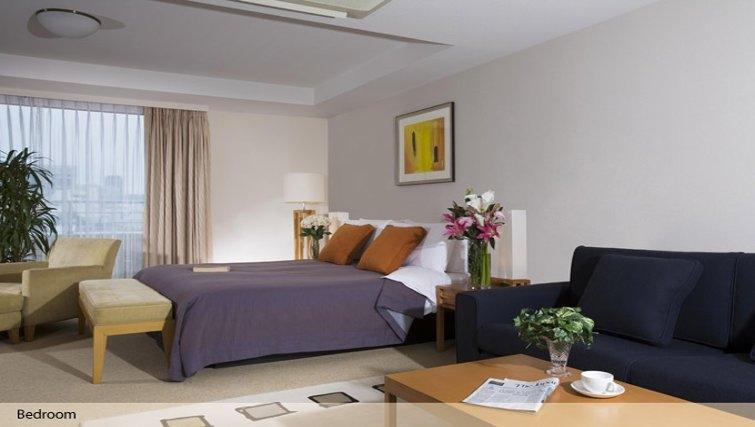 Bedroom in Oakwood Residence Aoyama Tokyo - Citybase Apartments
