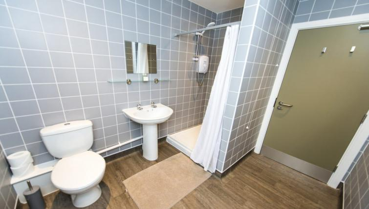 Pristine bathroom at Derby Centre Apartments - Citybase Apartments