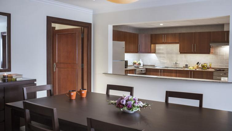 Dining table at Sedra Residences - Citybase Apartments