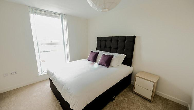 Cosy bed at Dream Apartments Belfast Obel - Citybase Apartments