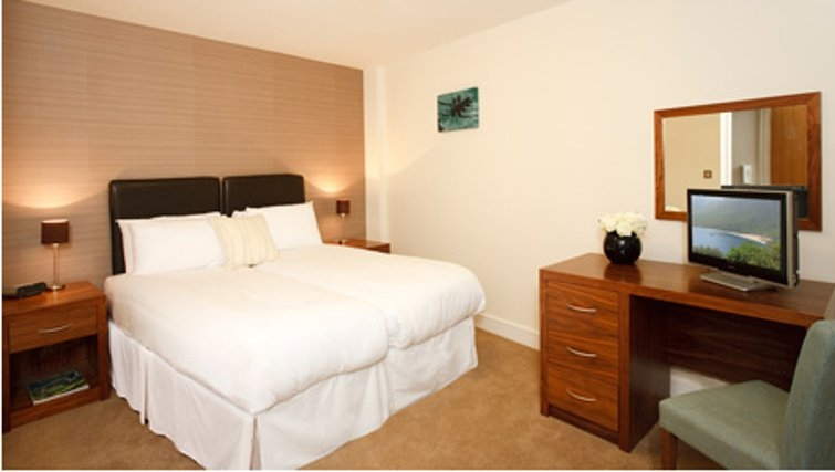 Spacious bedroom in SACO Holborn - Lamb's Conduit Street - Citybase Apartments