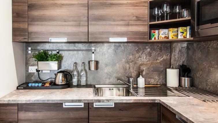 Kitchen at the Hampton Suites Apartments - Citybase Apartments