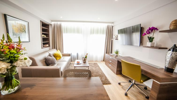 Light and bright living area at the Hampton Suites Apartments - Citybase Apartments