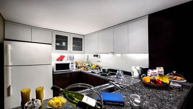 Stunning kitchen in Oakwood Premier Coex Center Seoul - Citybase Apartments
