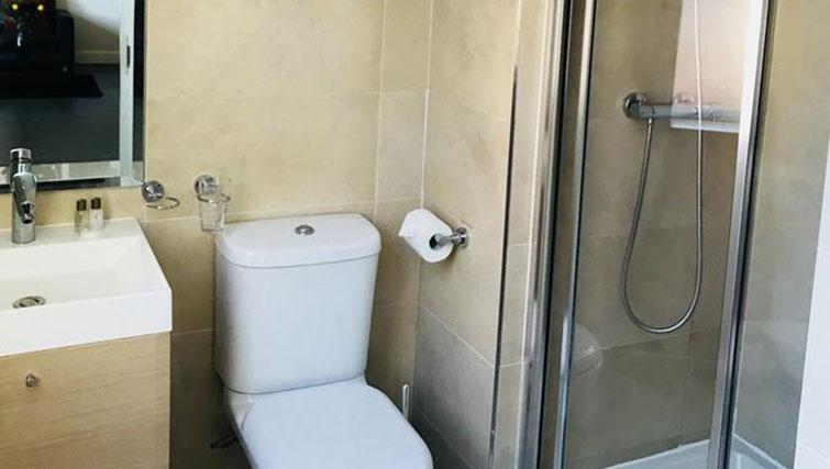 Toilet at So Hammersmith Apartments - Citybase Apartments