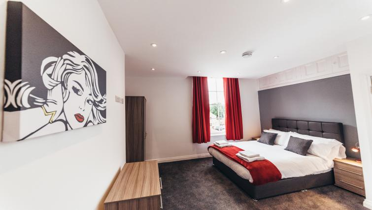 Spacious bedroom at Friar Gate Derby Apartments - Citybase Apartments