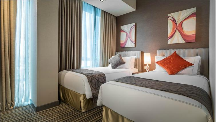 Twin beds at Park Avenue Changi Apartments, Singapore - Citybase Apartments
