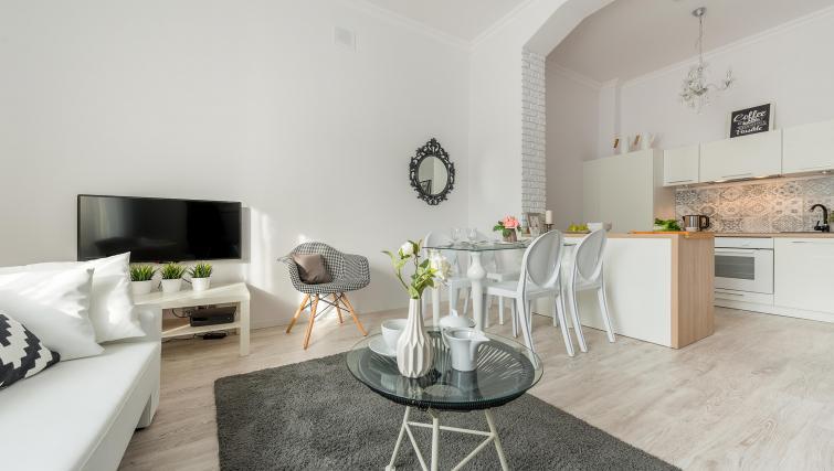 Dining table at P&O Apartments Andersa - Citybase Apartments