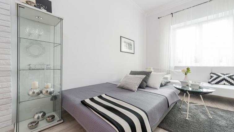 Bed at P&O Apartments Andersa - Citybase Apartments