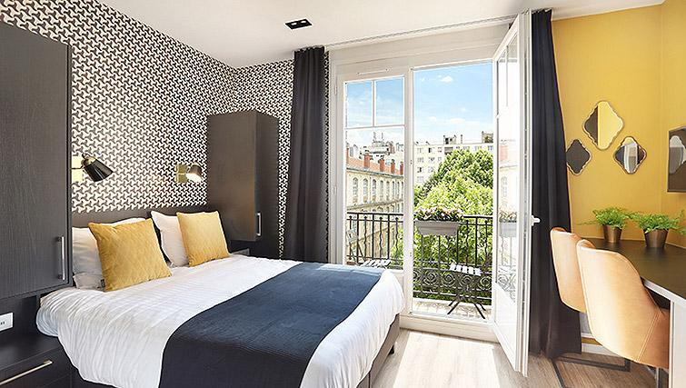 Studio at Eiffel Village Apartments - Citybase Apartments