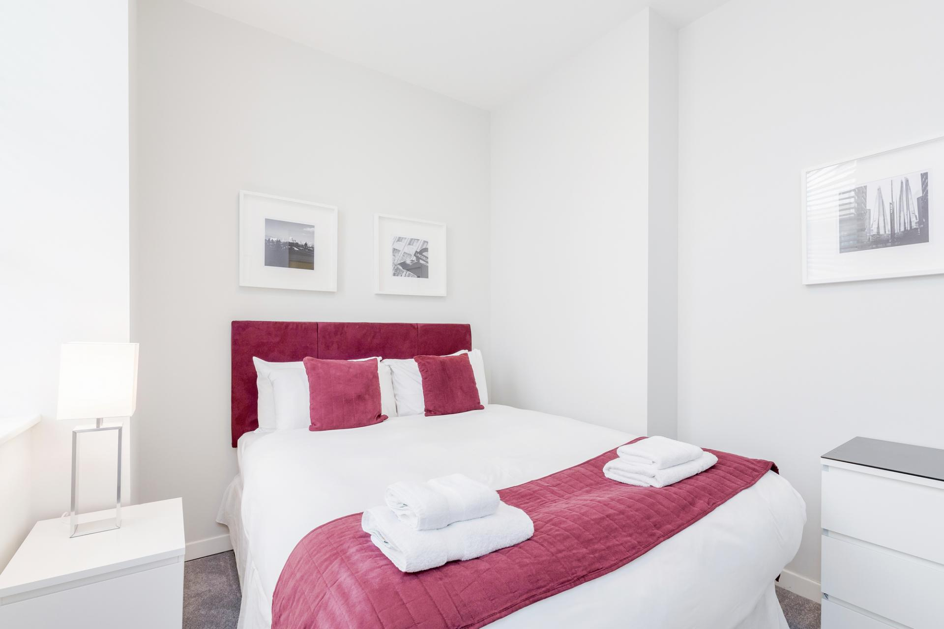 Bedroom at Sterling House Apartments, Holborn, London - Citybase Apartments