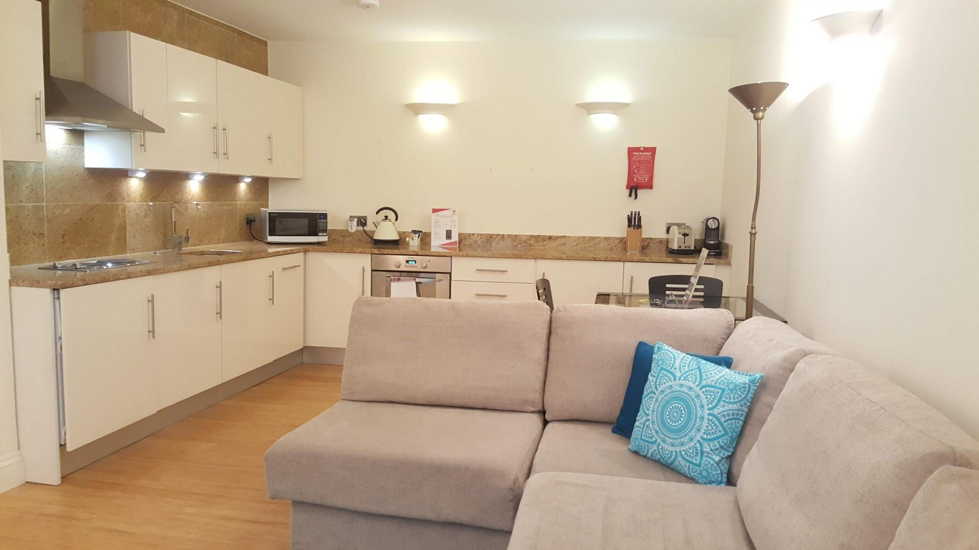 Open-plan kitchen at till Life Monument Executive Apartment - Citybase Apartments