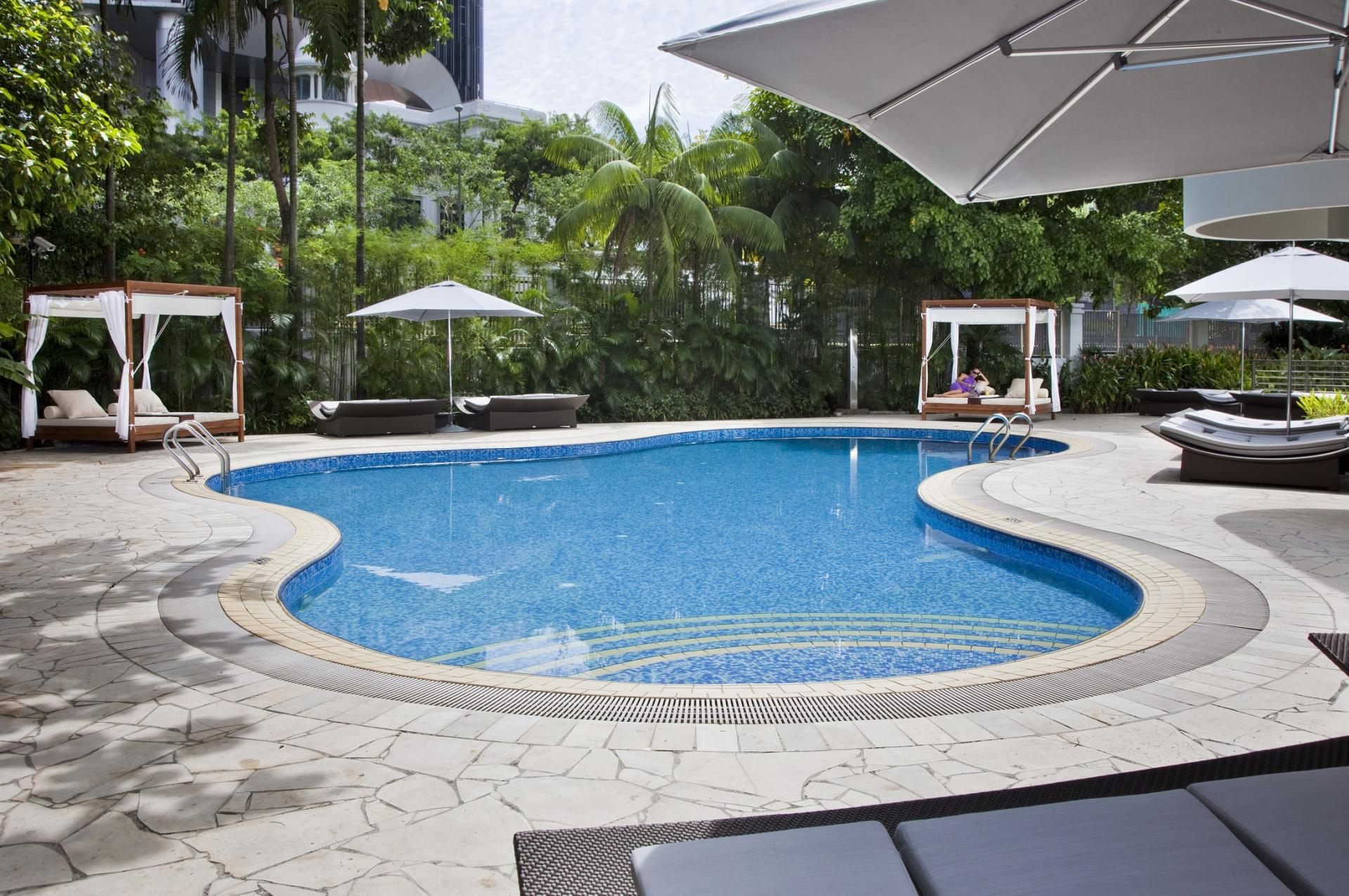 Pool at Fraser Residence Singapore - Citybase Apartments