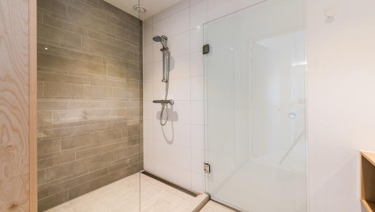 Shower room at Houthavens Serviced Apartments, Amsterdam - Citybase Apartments