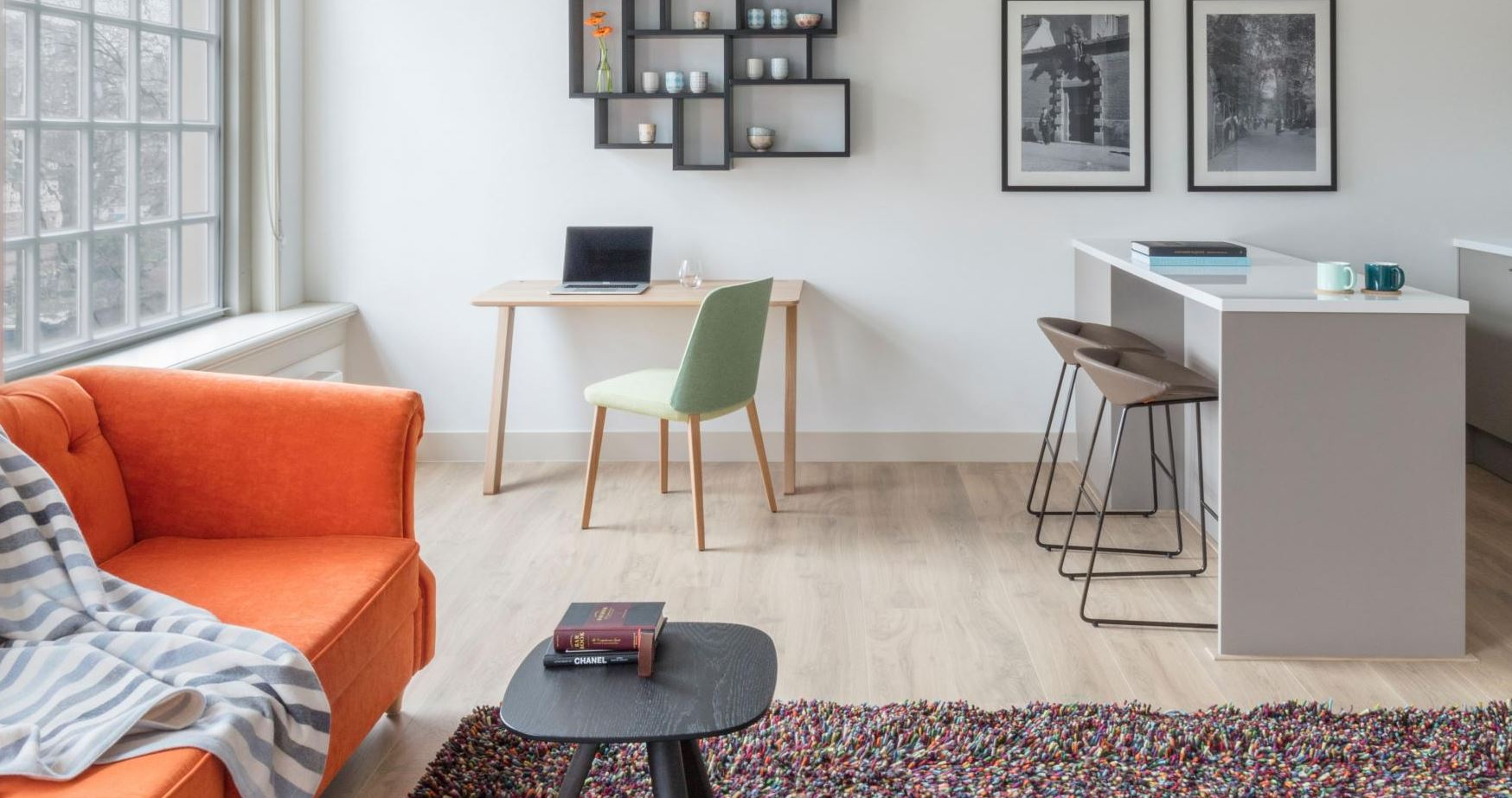 Desk area at The Wittenberg Apartments, Amsterdam - Citybase Apartments