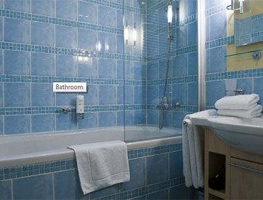 Fresh Bathroom in Mamaison Residence Belgicka - Citybase Apartments
