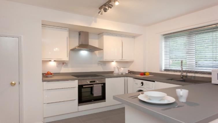 Kitchen at Flamingo Court Apartment - Citybase Apartments