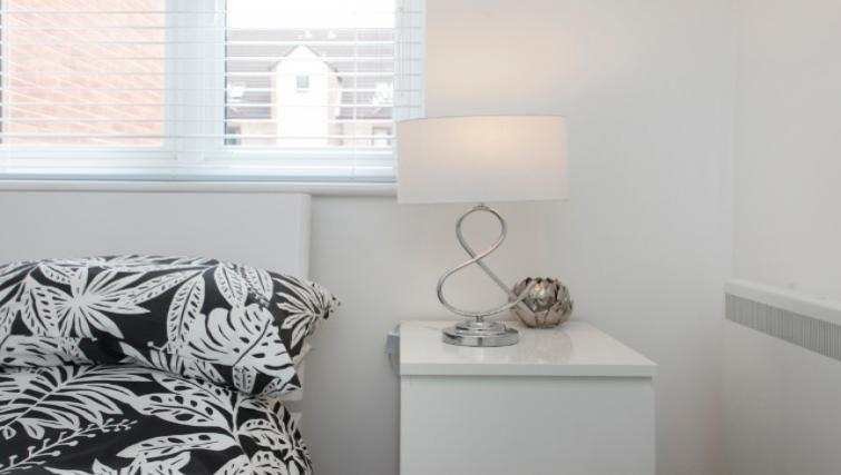 Double bedroom at Flamingo Court Apartment - Citybase Apartments