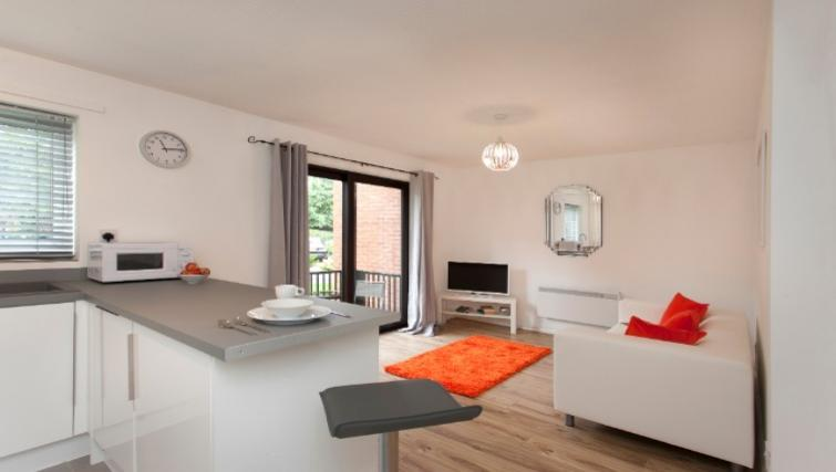 Living space at Flamingo Court Apartment - Citybase Apartments