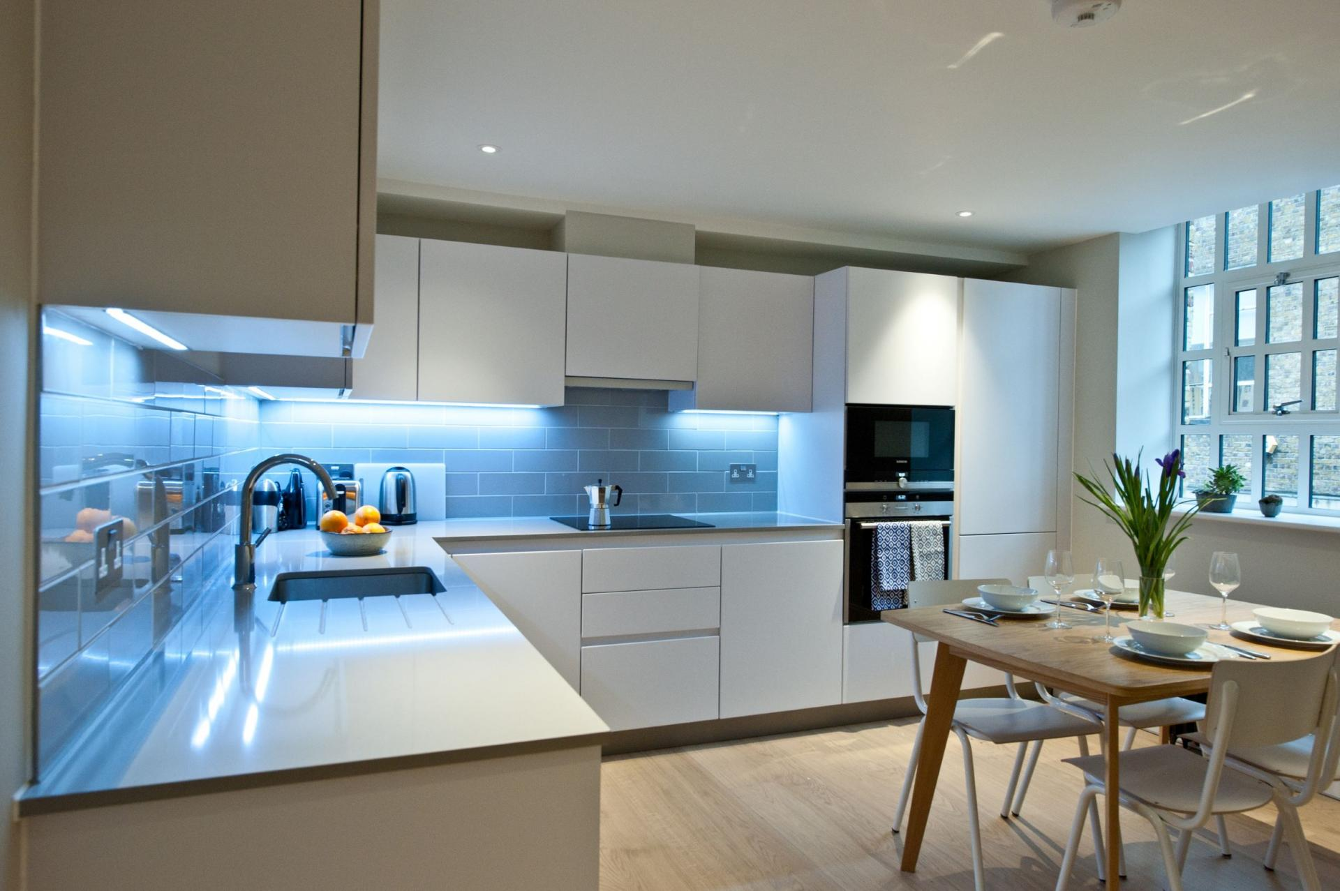 Dining and Kitchen at Spitalfields Hanbury Apartment - Citybase Apartments